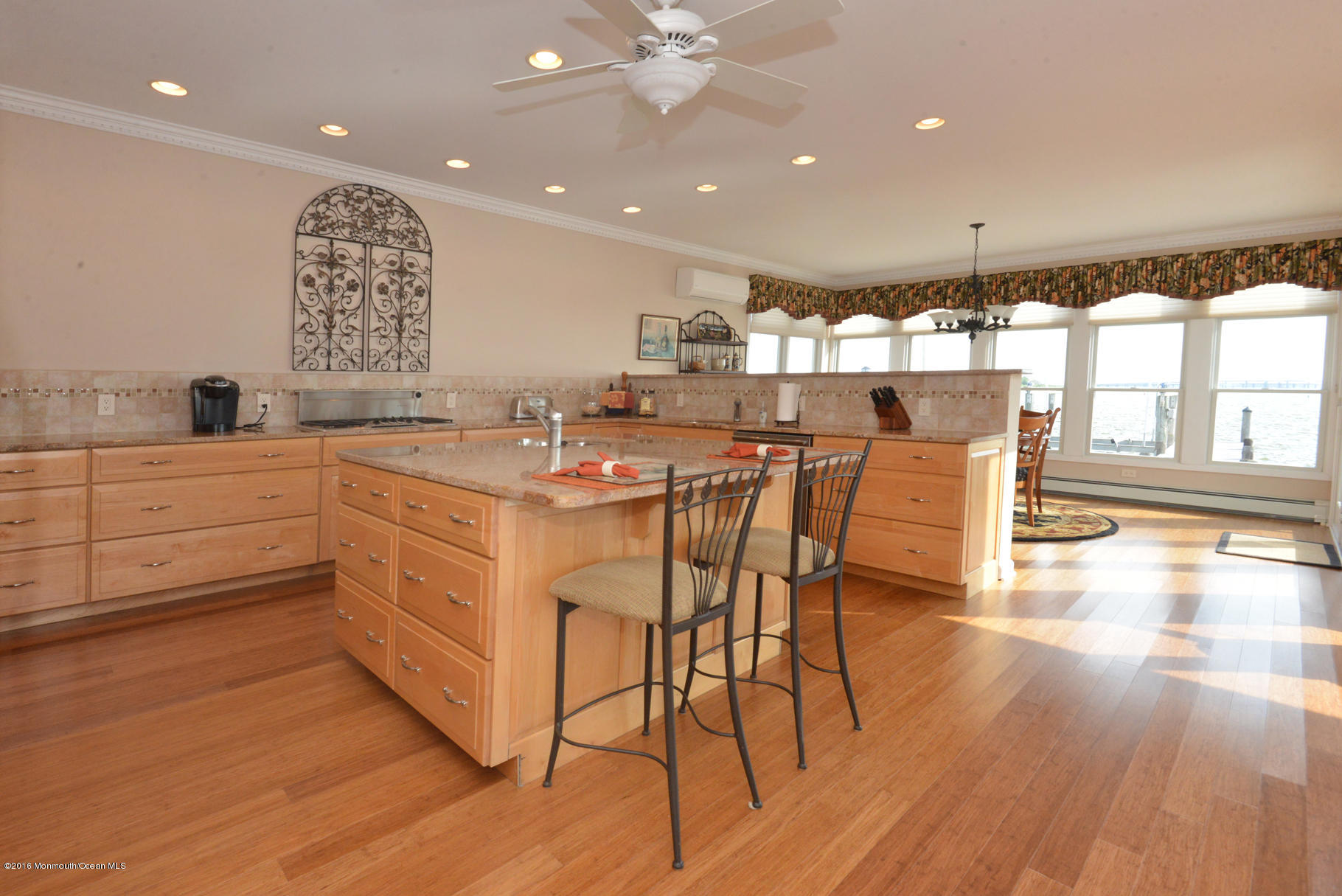 145  Pershing Boulevard - Picture 13