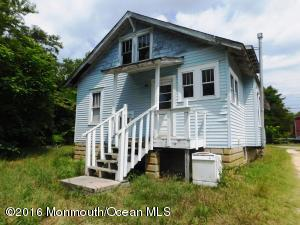Photo of home for sale at 18 Chapel Street Street, Waretown NJ