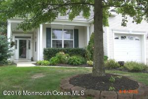 80 Pond View Circle, Barnegat, NJ 08005