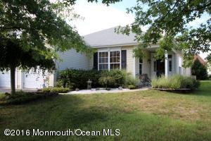 15 Five Bridges Court, Barnegat, NJ 08005