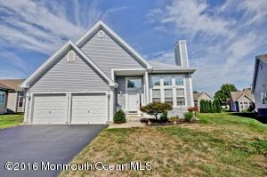 3 Bayou Court, Barnegat, NJ 08005