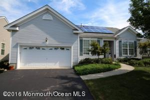 55 Pond View Circle, Barnegat, NJ 08005