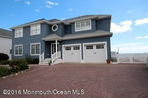 8 Shore Drive, Waretown, NJ 08758