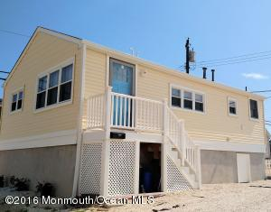 111 W Dolphin Way, Lavallette, NJ 08735
