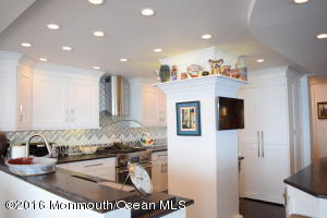 55 Ocean Avenue 12-L, Monmouth Beach, NJ 07750