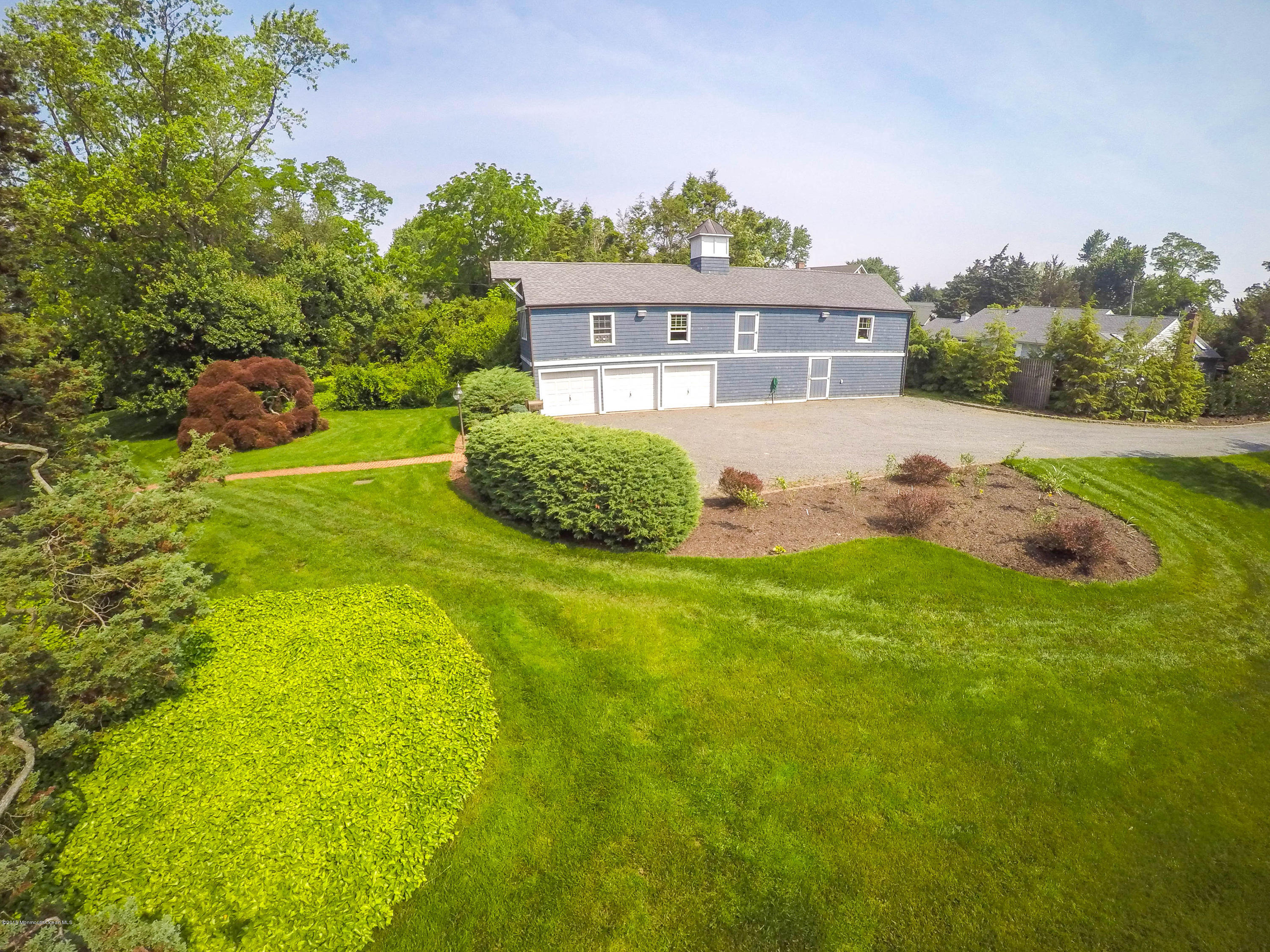 Photo of home for sale at 619 Rankin Road Road, Brielle NJ