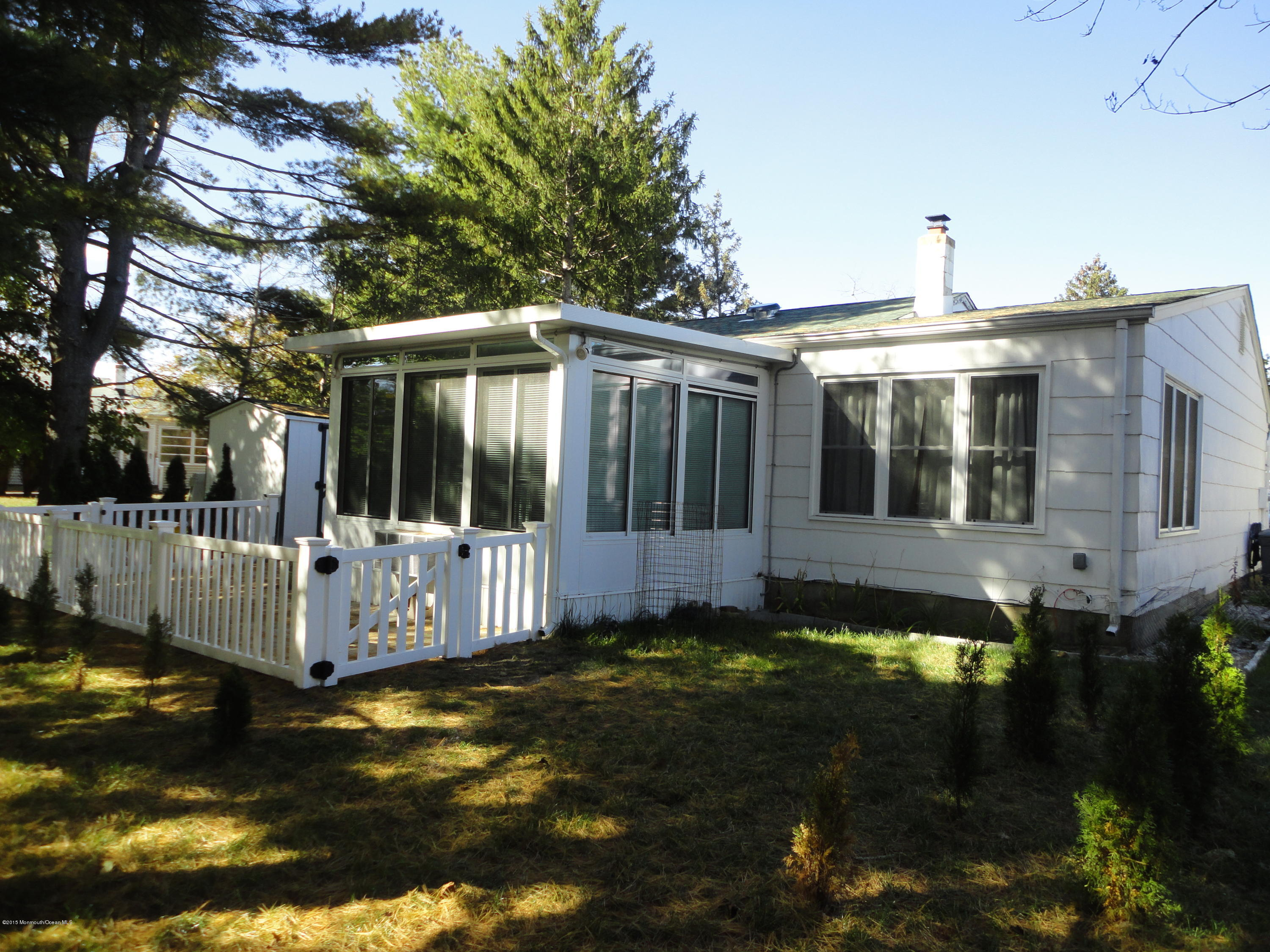 Photo of home for sale at 878 Edgebrook Drive Drive, Toms River NJ