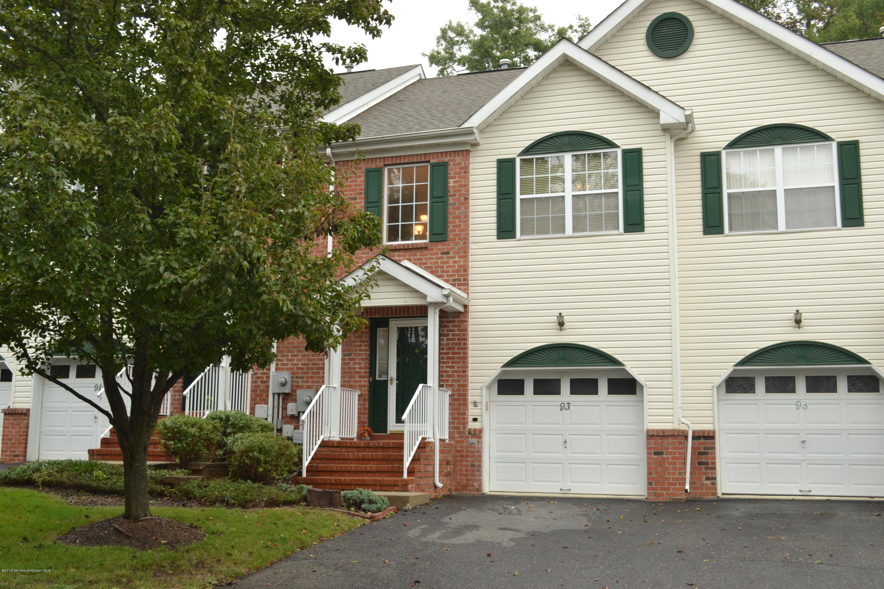 Photo of home for sale at 93 Heron Court Court, Englishtown NJ