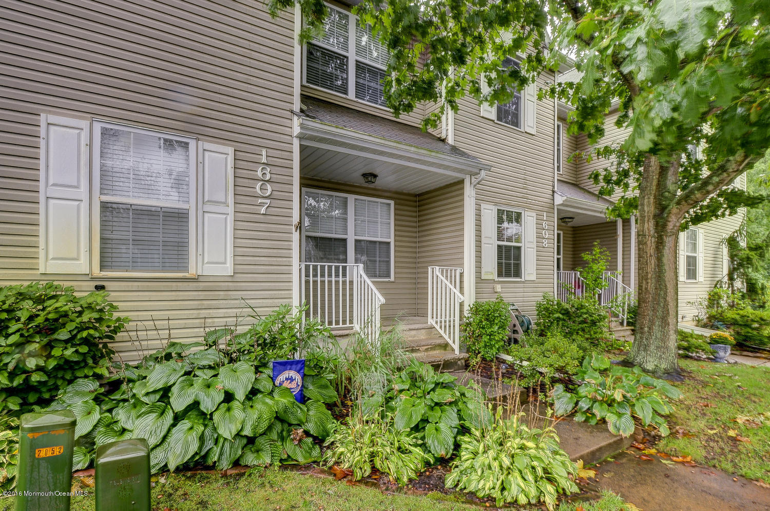 Photo of home for sale at 1607 Wagon Wheel Court Court, Freehold NJ