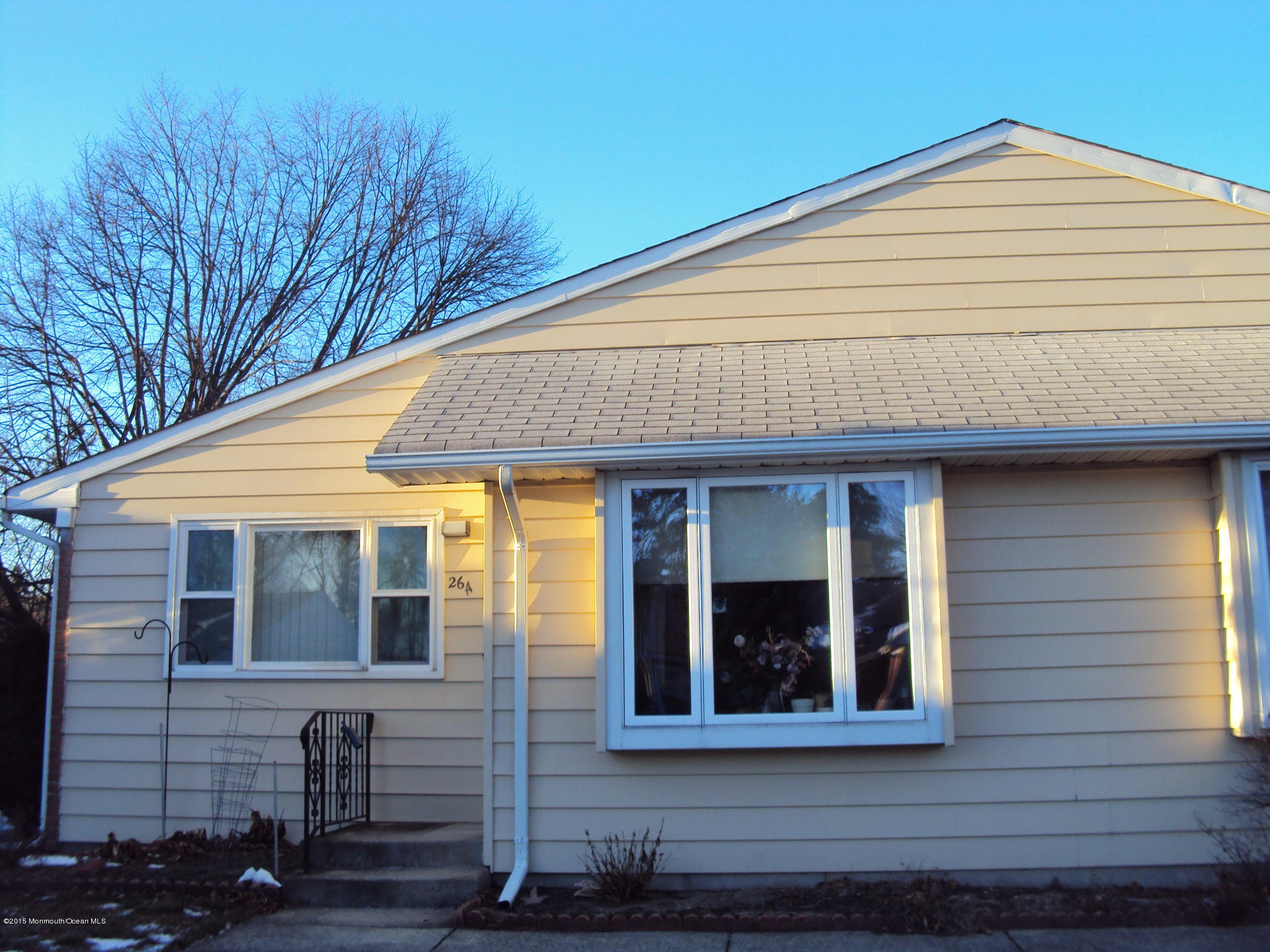 Photo of home for sale at 26 Constitution Boulevard Boulevard, Whiting NJ