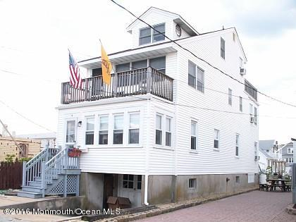 Photo of home for sale at 15 M Street Street, Seaside Park NJ