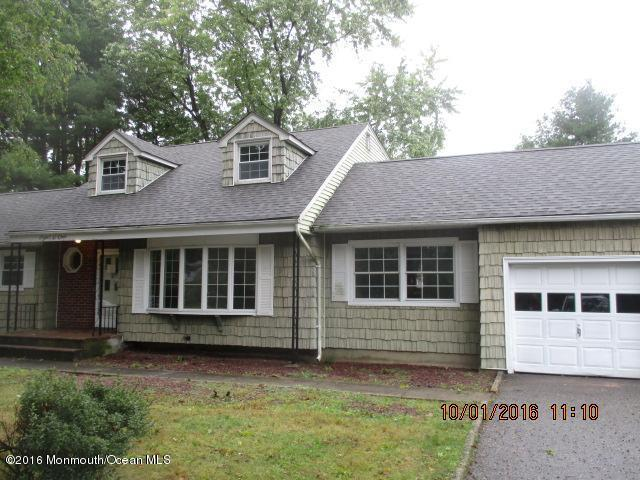 Photo of home for sale at 801 Middletown Lincroft Road Road, Middletown NJ