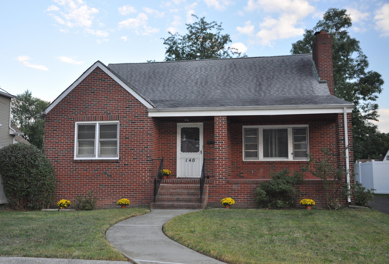 Photo of home for sale at 140 Remsen Avenue Avenue, Avenel NJ