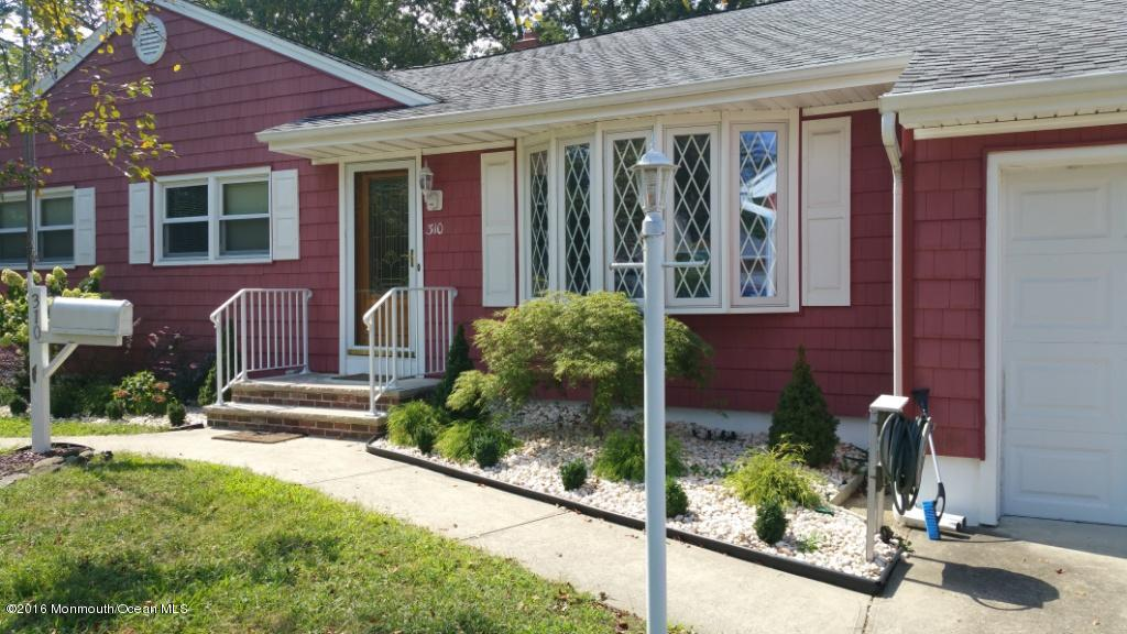 Photo of home for sale at 310 Midstreams Road Road, Brick NJ