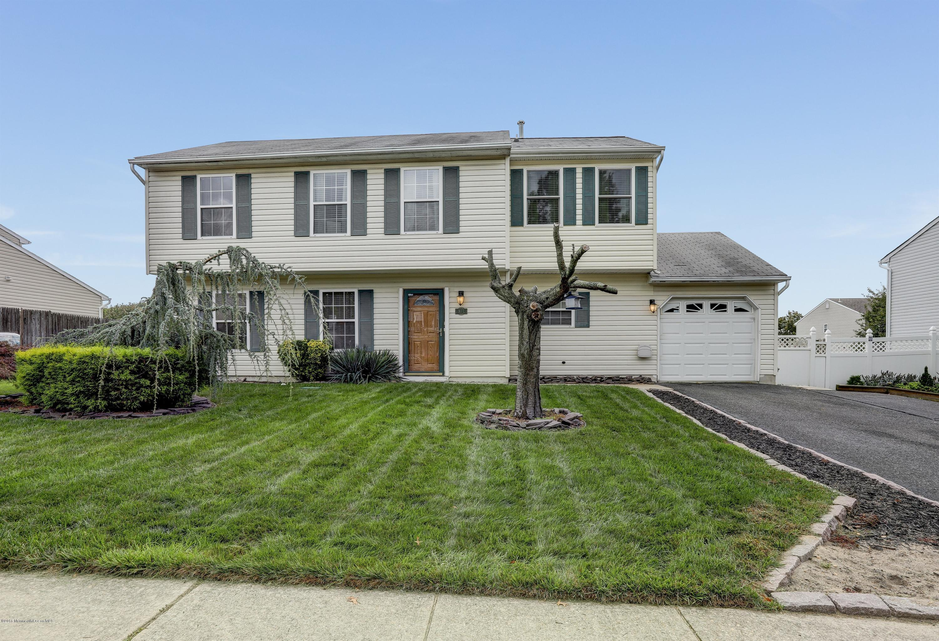 Photo of home for sale at 877 Columbus Drive Drive, Brick NJ