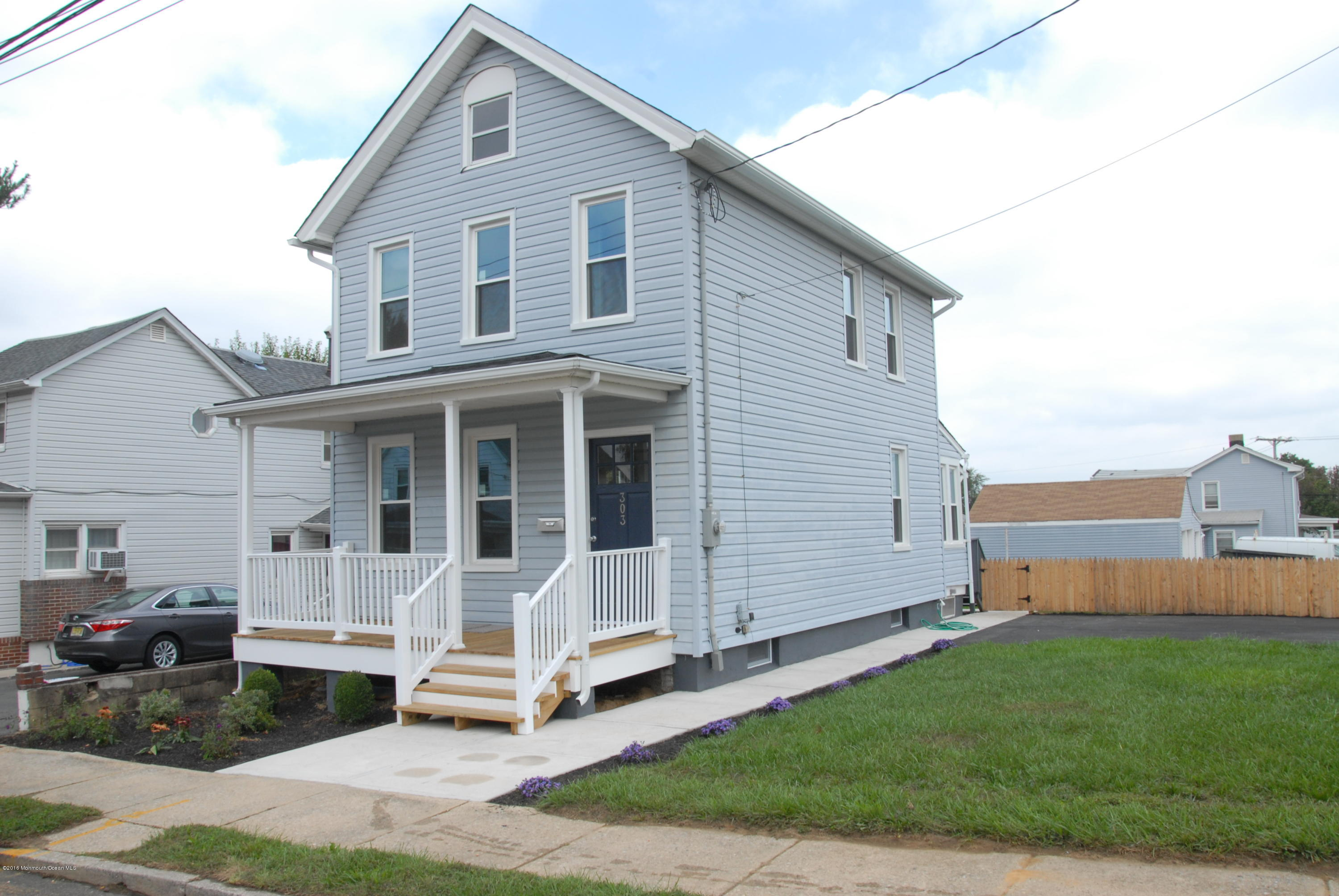 Photo of home for sale at 303 Walnut Street Street, South Amboy NJ