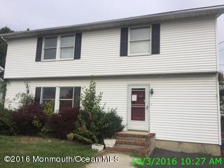 Photo of home for sale at 539 Washington Avenue Avenue, Union Beach NJ
