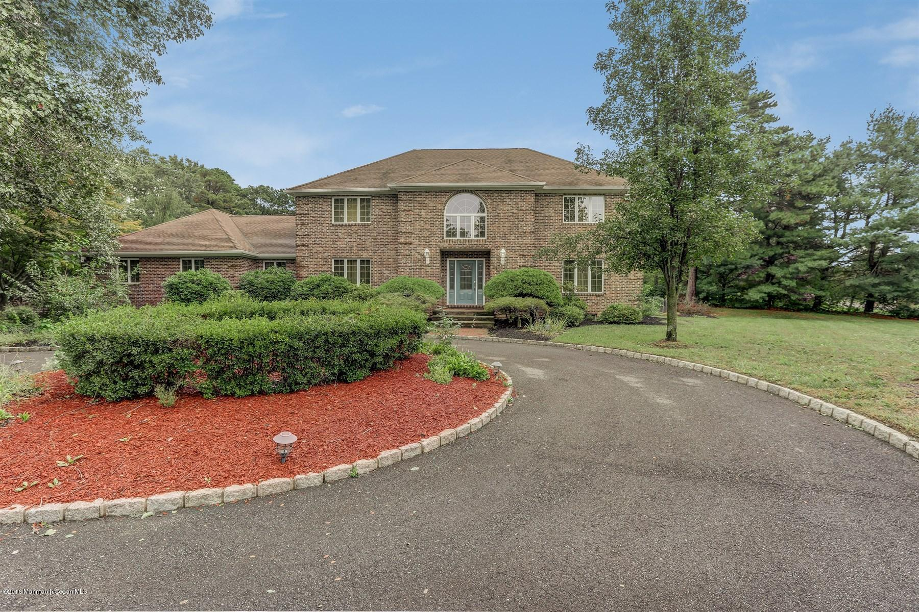Photo of home for sale at 1206 Hickory Street Street, Toms River NJ