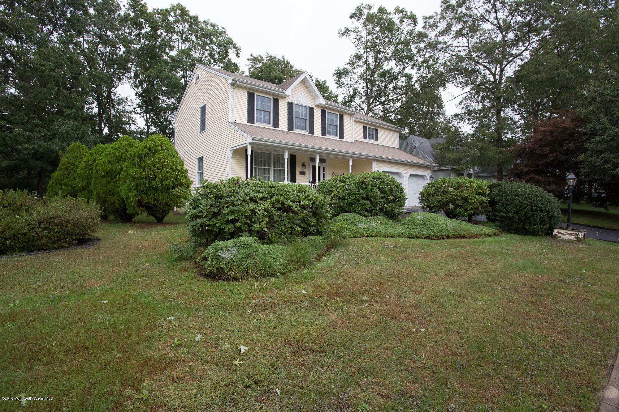 Photo of home for sale at 964 Barnacle Drive Drive, Manahawkin NJ
