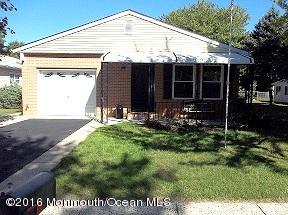 Photo of home for sale at 86 Torrey Pines Drive Drive, Toms River NJ