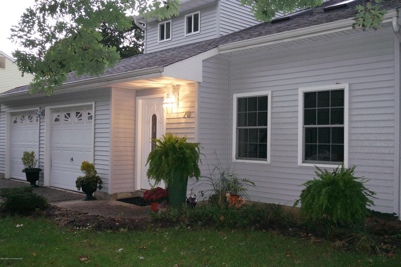 Photo of home for sale at 78 Burlington Drive Drive, Brick NJ