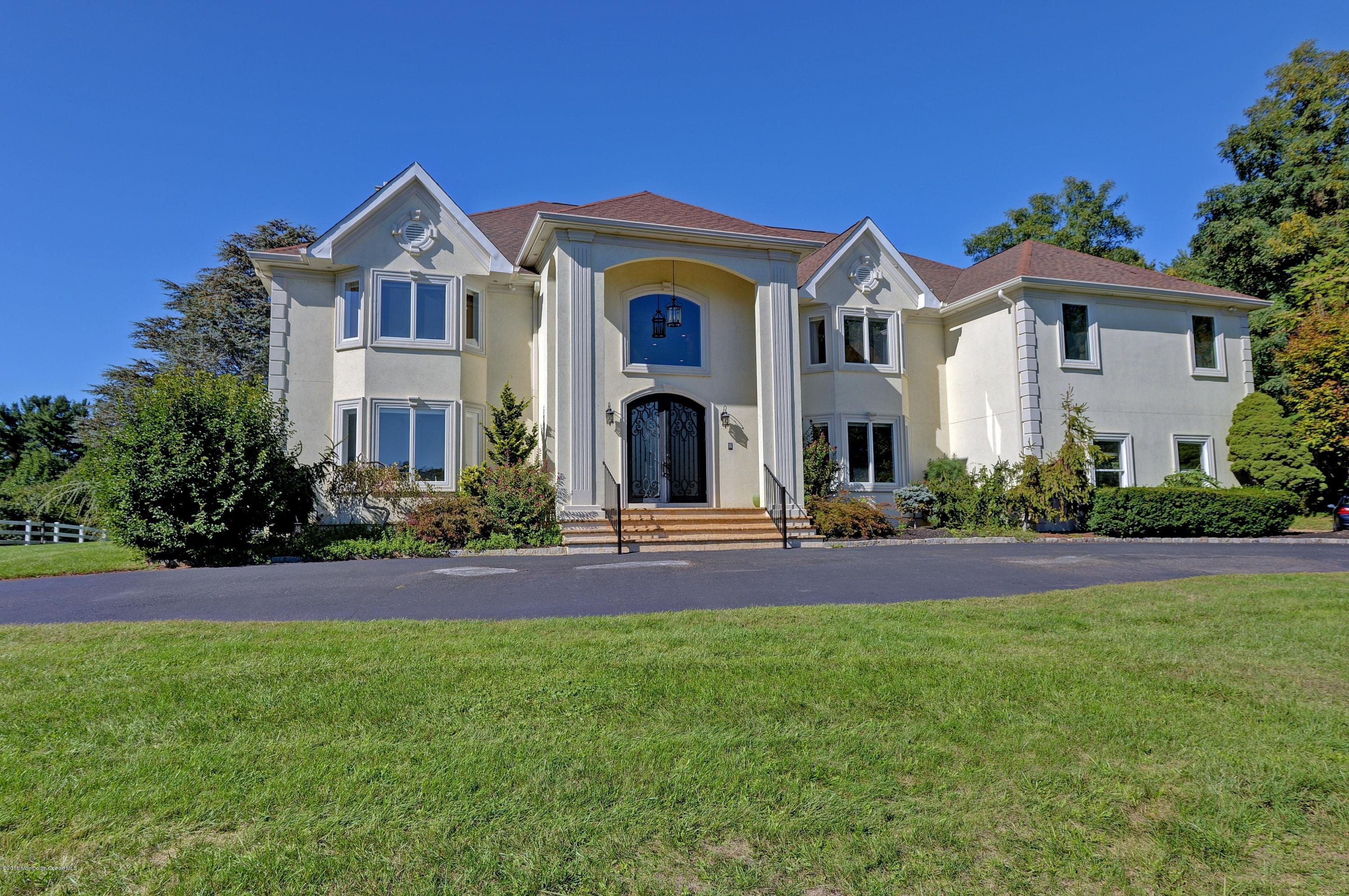 Photo of home for sale at 261 Holland Road Road S, Holmdel NJ