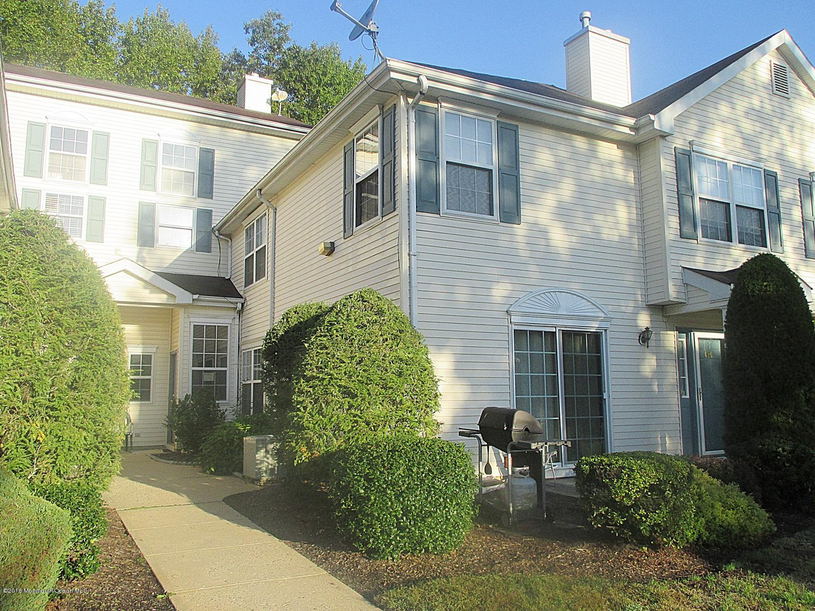 Photo of home for sale at 492 Tivoli Court Court, Morganville NJ