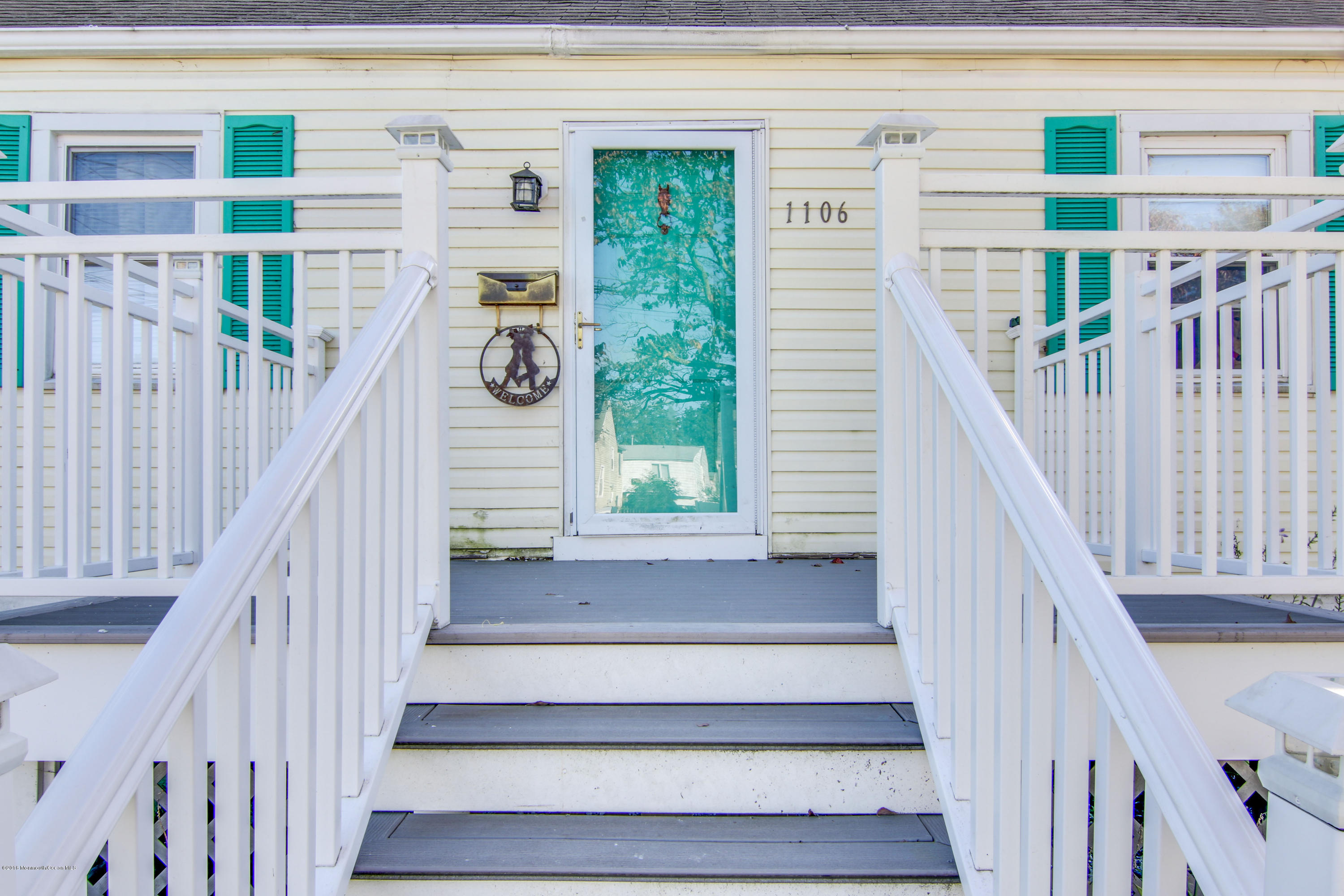 Photo of home for sale at 1106 Grassmere Avenue Avenue, Ocean Twp NJ