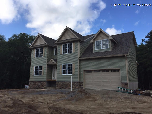 Photo of home for sale at 600 Brookside Drive Drive, Toms River NJ