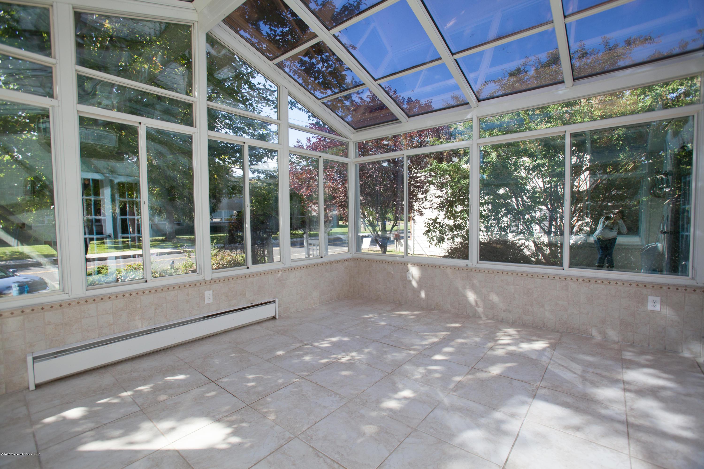 Photo of home for sale at 835 Leonardville Road Road, Middletown NJ