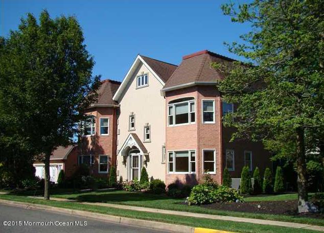 Photo of home for sale at 200 Stockton Boulevard Boulevard, Sea Girt NJ