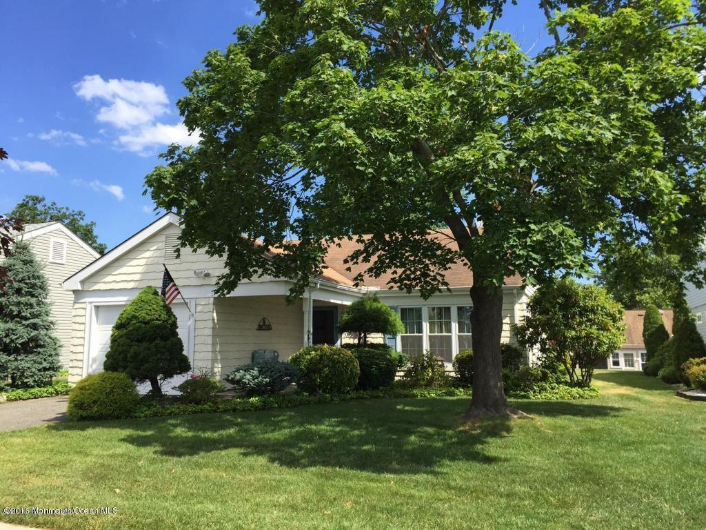 Photo of home for sale at 53 Red Hill Road Road, Manchester NJ