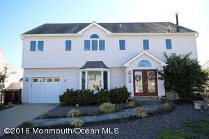 61 Storm Jib Court, Bayville, NJ 08721