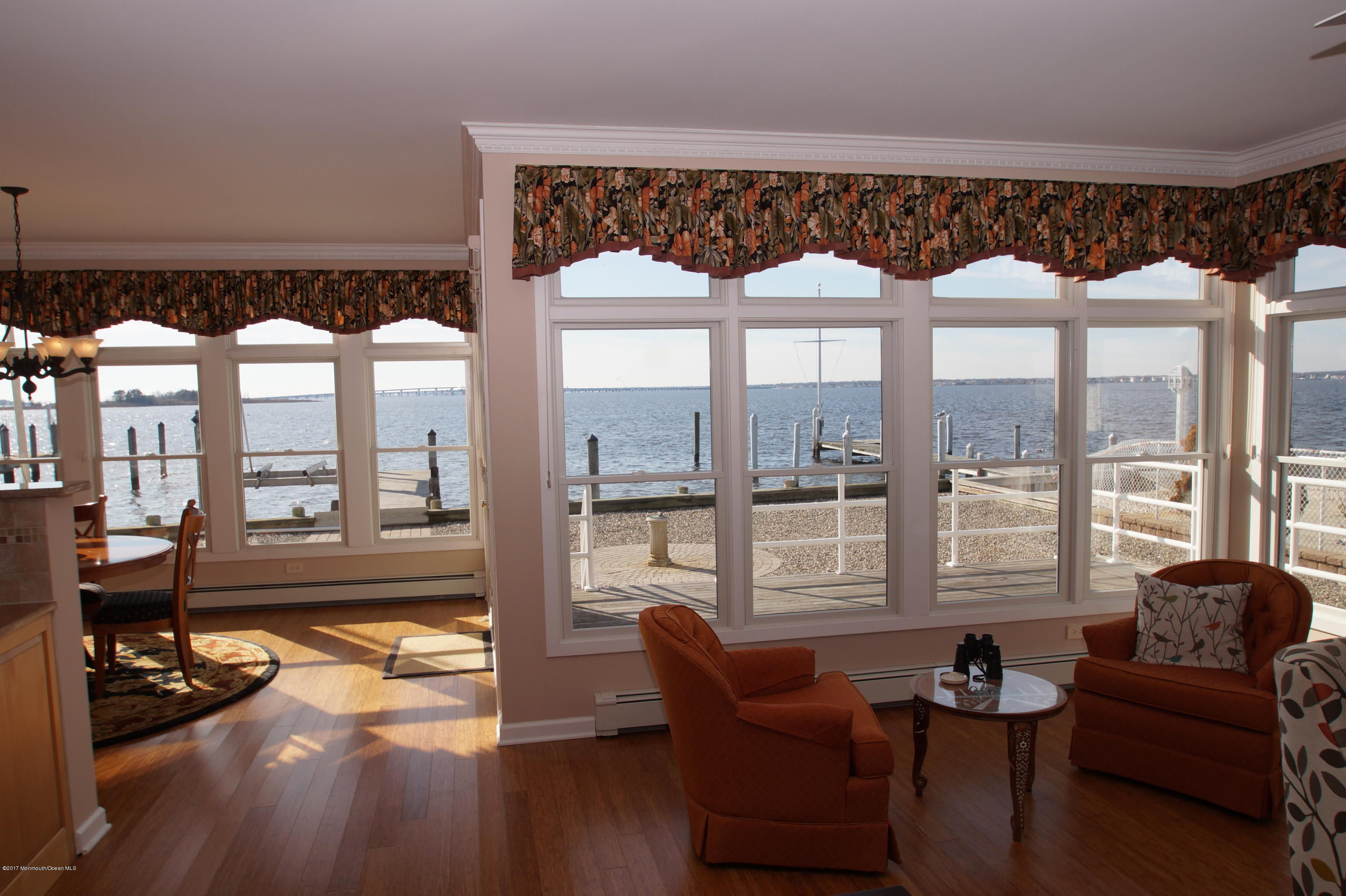 145  Pershing Boulevard - Picture 10