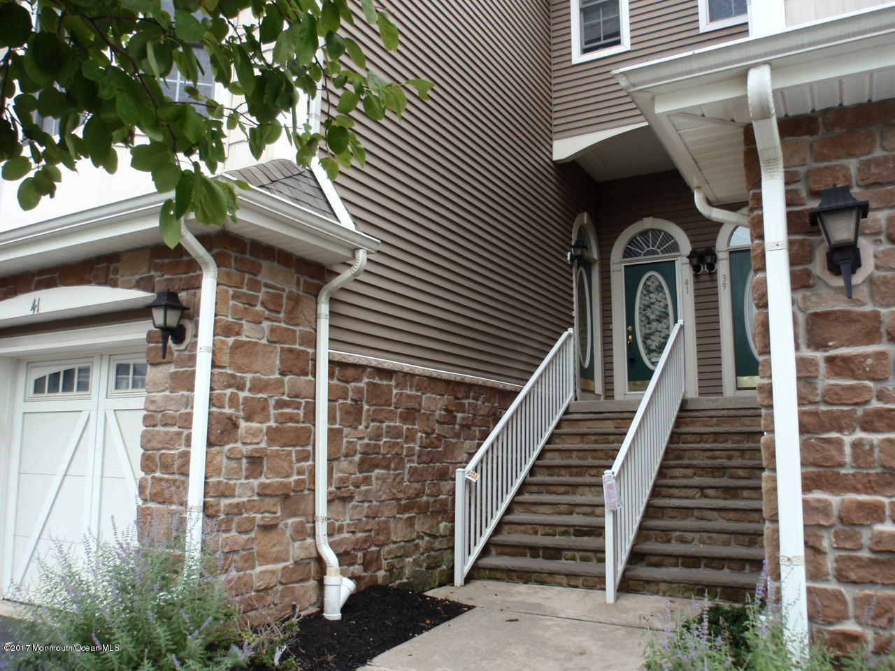 Photo of home for sale at 41 Raritan Reach Road Road, South Amboy City NJ
