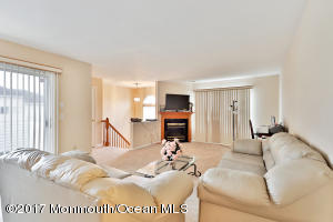 366 Volley Court, Wall, NJ 07719