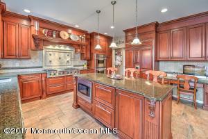 Property for sale at 6 Fountayne Lane, Manalapan,  NJ 07726