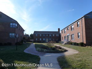 304 Deal Lake Drive 33, Asbury Park, NJ 07712
