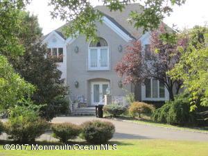 Property for sale at 1 Applegate Terrace, Manalapan,  NJ 07726