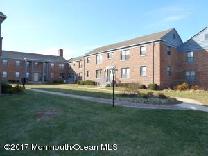 306 Deal Lake Drive 46, Asbury Park, NJ 07712