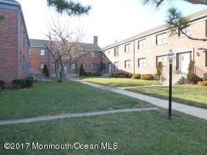 302 Deal Lake Drive 17, Asbury Park, NJ 07712