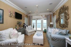 1860 Boat Point Drive