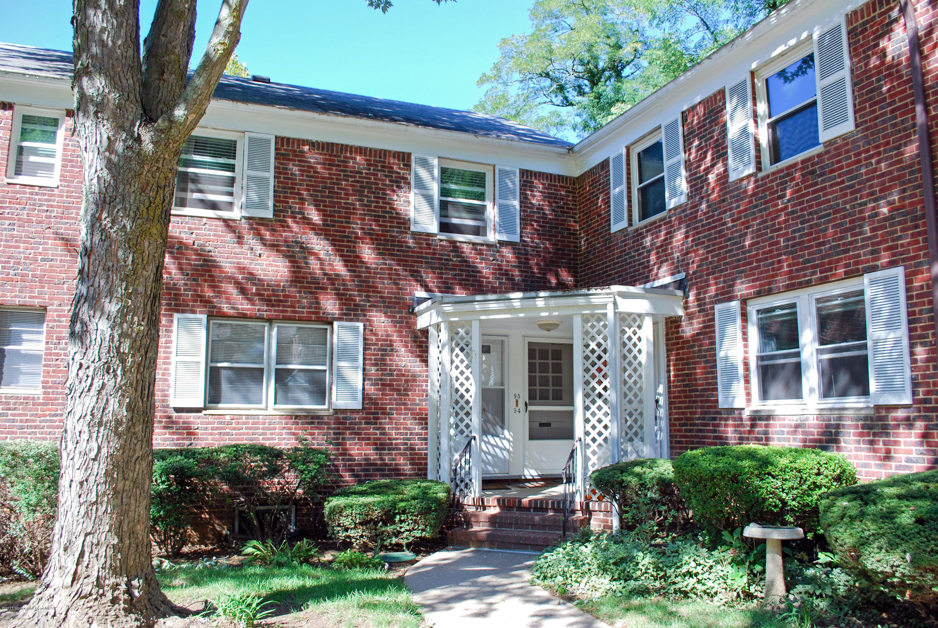94 MANOR DRIVE, RED BANK, NJ 07701