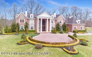 Property for sale at 5 Wyndcrest Court, Colts Neck,  NJ 07722