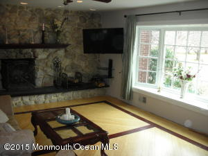 11 PAGE DRIVE, RED BANK, NJ 07701  Photo 8