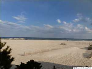 11 Harborhead Drive, Point Pleasant Beach, NJ 08742