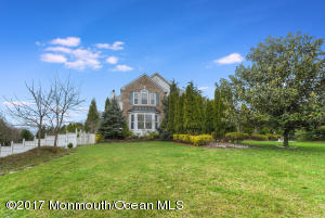 Property for sale at 4 Marylou Court, Manalapan,  NJ 07726