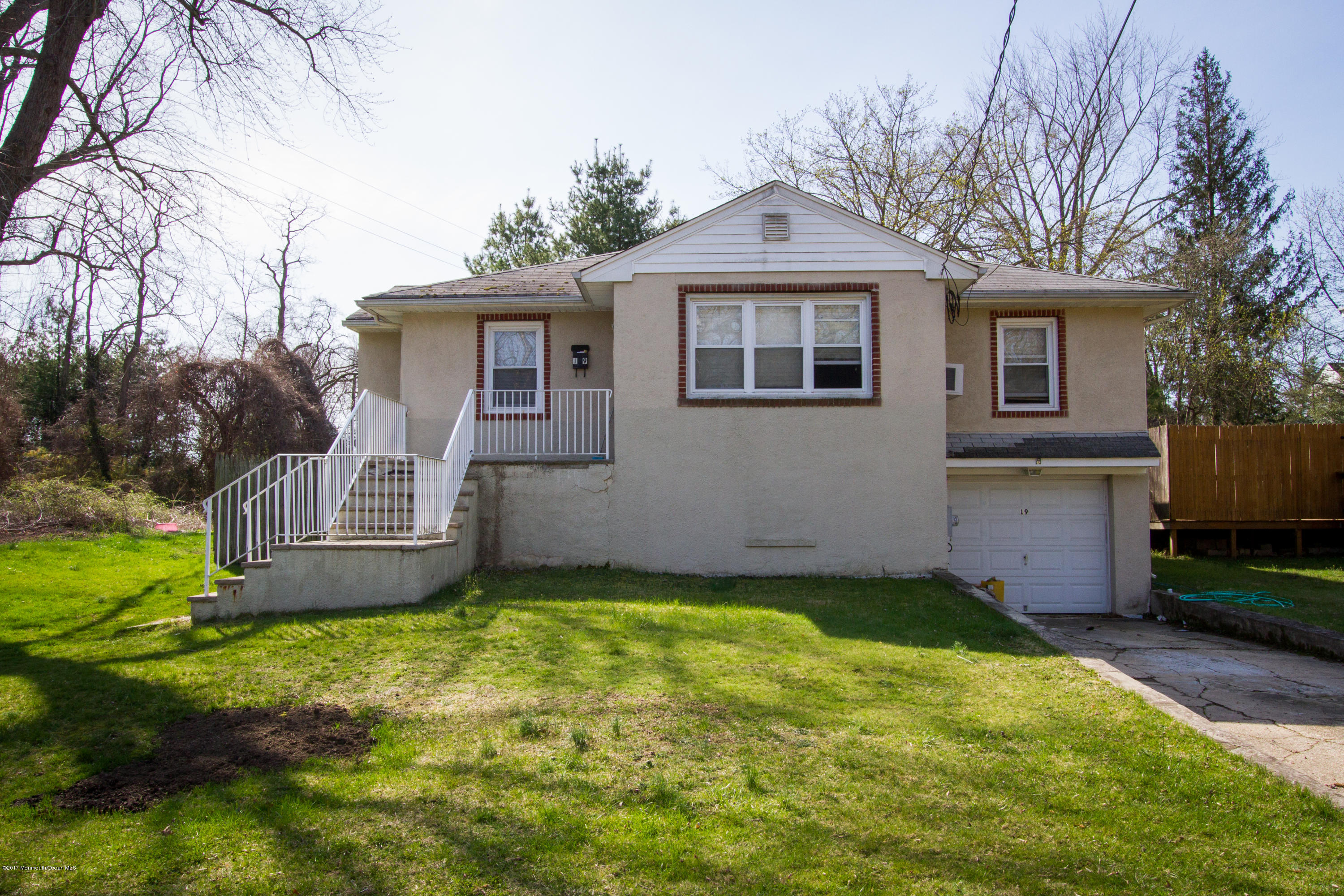 19 WILLIS PLACE, RED BANK, NJ 07701