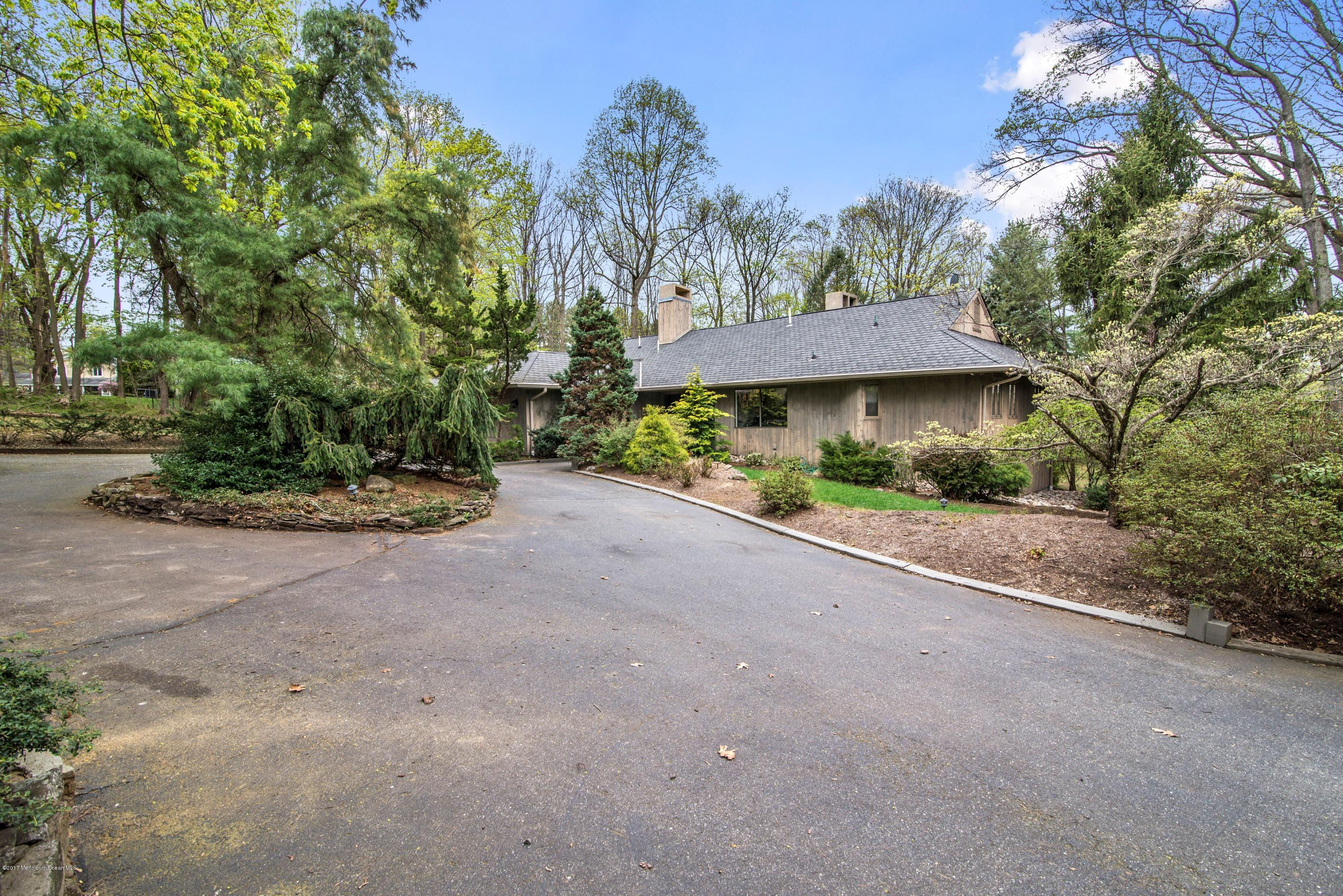 71 W RIVER ROAD, RUMSON, NJ 07760