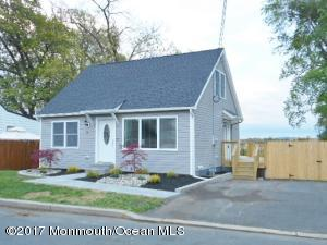 Property for sale at 941 Woodmere Drive, Aberdeen,  NJ 07747